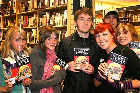 Фанаты, которым седьмая книга досталась вскоре после выхода