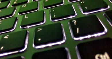 Как выбрать клавиатуру на ноутбук?